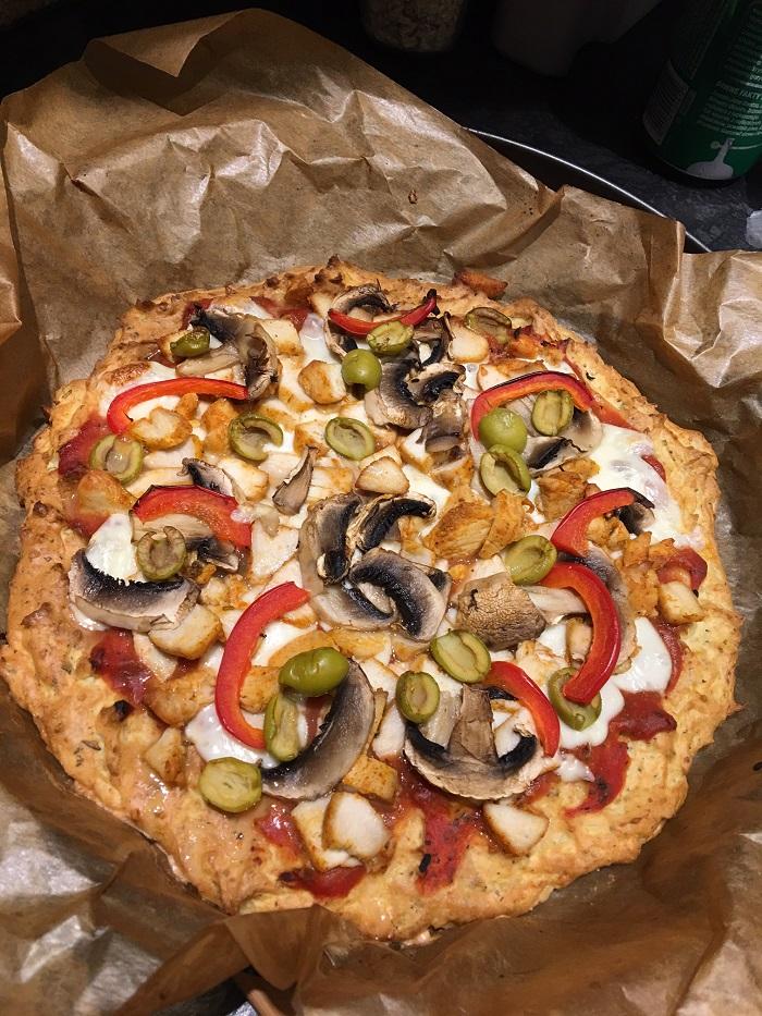Pizza bezglutenowa na ziemniaczanym spodzie