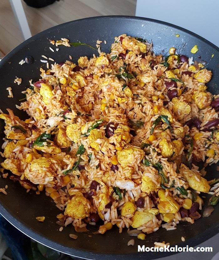 Filet z kurczaka po meksykańsku z ryżem basmati